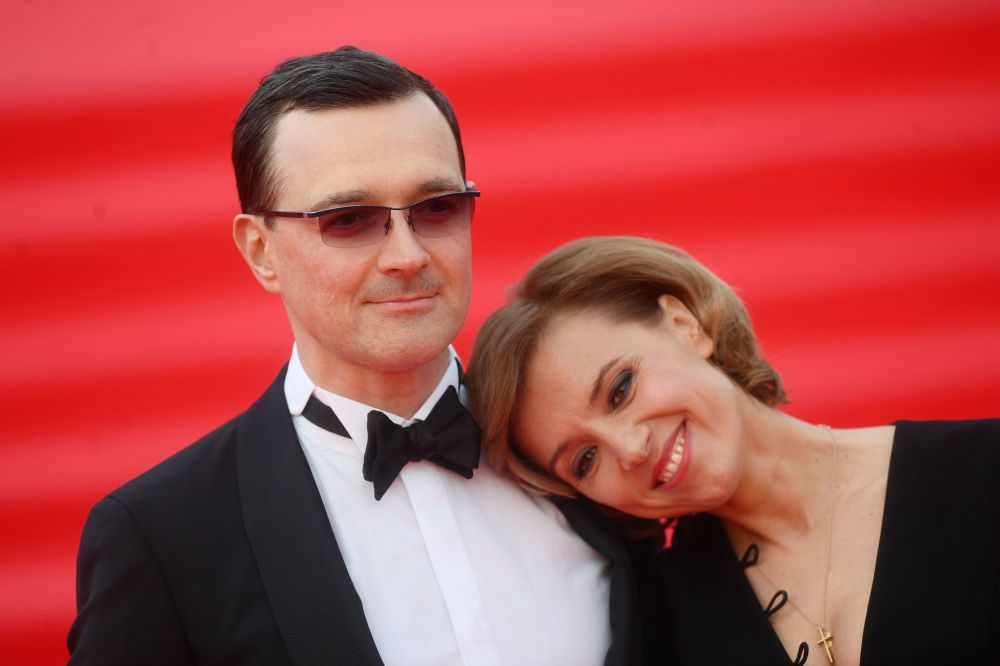 Aktorzy Egor Beroev i Ksenia Alferova na otwarciu Moskiewskiego Międzynarodowego Festiwalu Filmowego