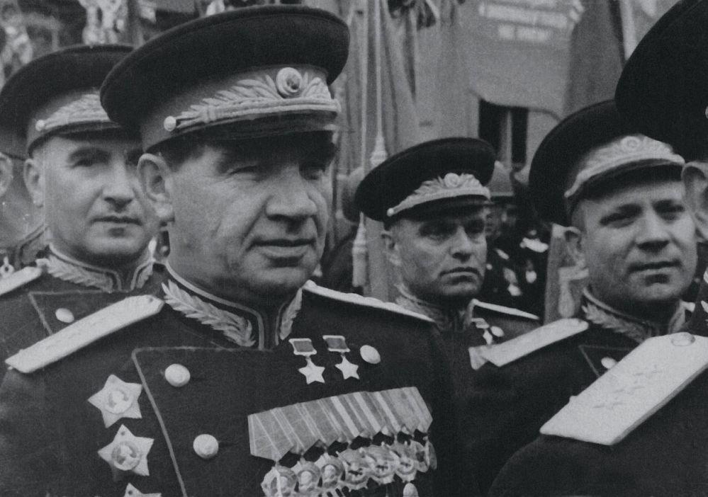 Parada Zwycięstwa na Placu Czerwonym w 1945 roku