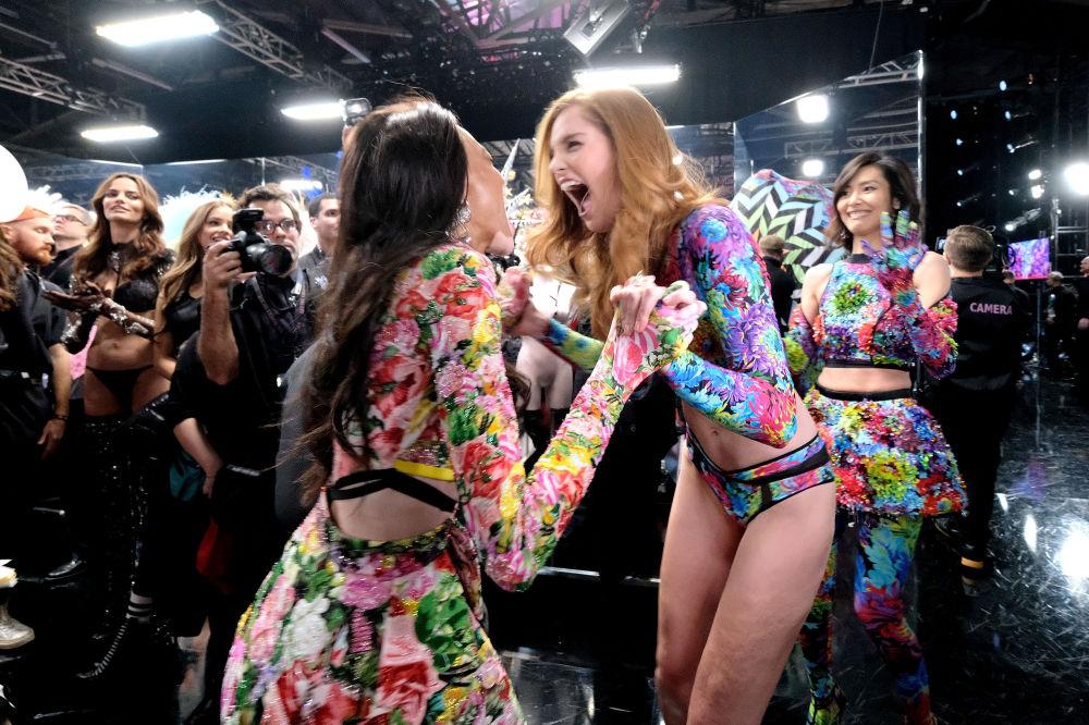 Modelki Victoria's Secret za kulisami pokazu w Nowym Jorku, 2018 rok