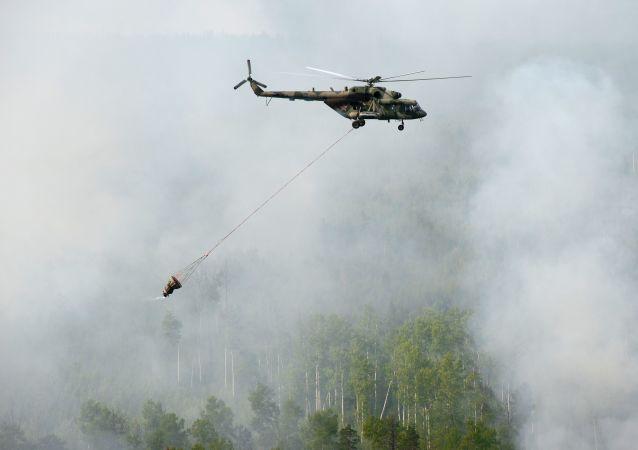 Likwidacja pożarów w Kraju Krasnodarskim