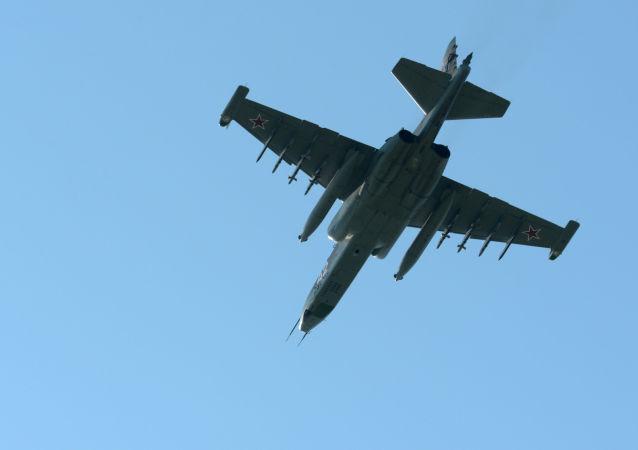Samolot szturmowy SU-25UB