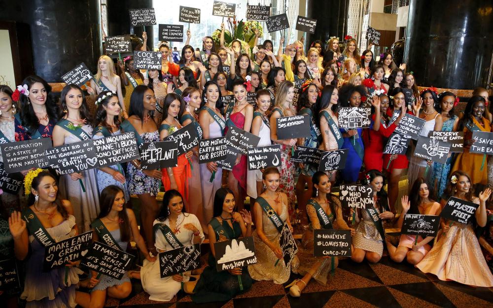 Kandydatki ubiegające się o tytuł Miss Earth 2019 podczas kampanii ekologicznej na Filipinach