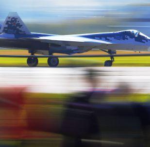Rosyjski wielozadaniowy myśliwiec piątej generacji Su-57 na Międzynarodowych Targach MAKS-2019