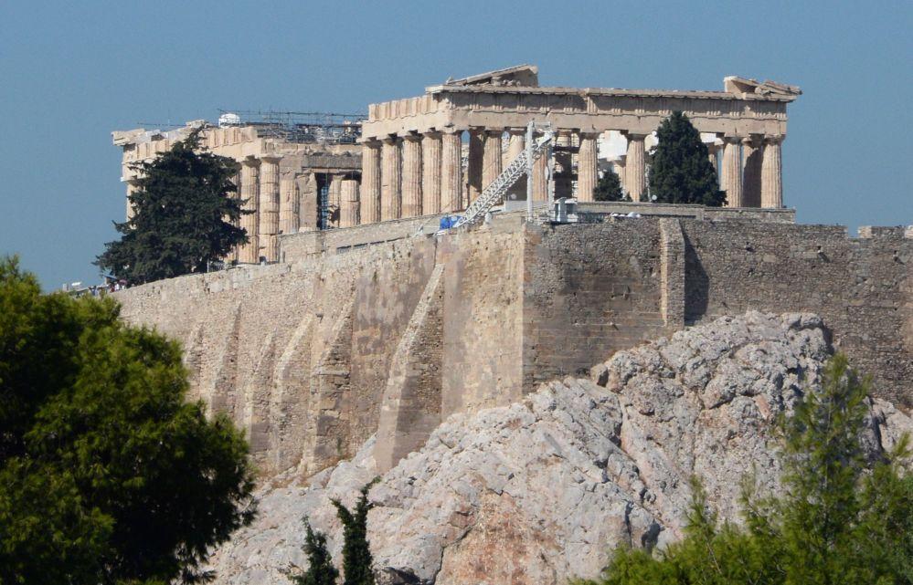 Partenon - świątynia poświęcona Atenie Dziewicy na akropolu ateńskim