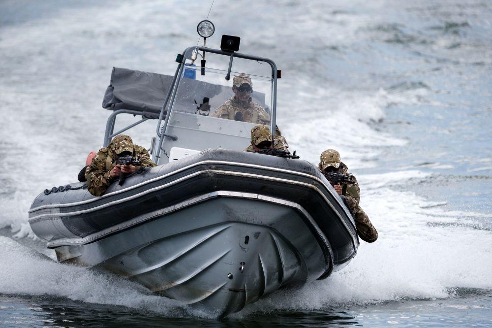 Pokaz najnowszej broni morskich sił Specnazu