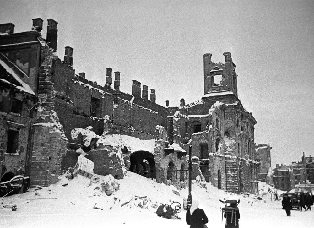 Wyzwolona Warszawa, 1945 rok