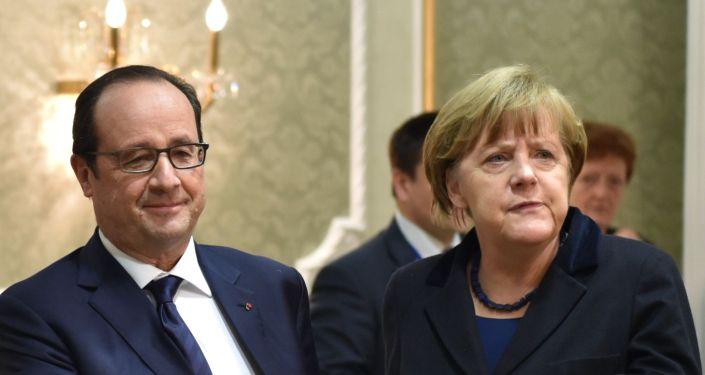 Prezydent Francji François Hollande i kanclerz Niemiec Angela Merkel na spotkaniu w Mińsku