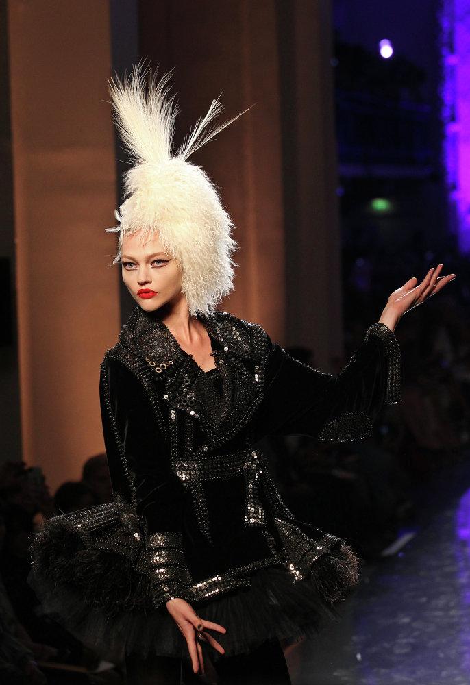Rosyjska modelka Sasza Piwowarowa