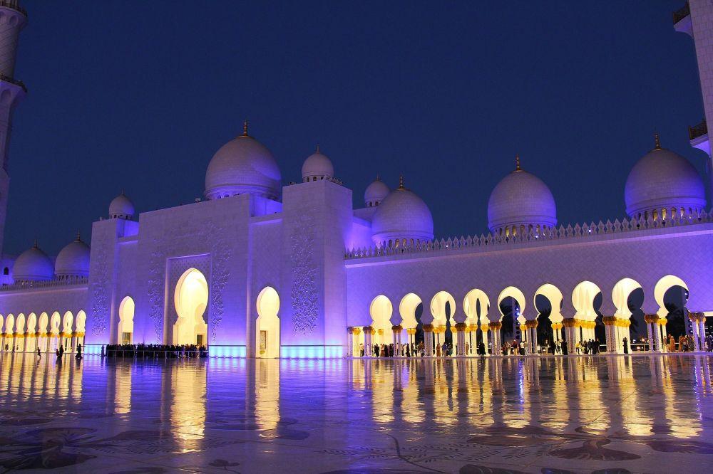 Wielki Meczet Szejka Zajida w Abu Zabi
