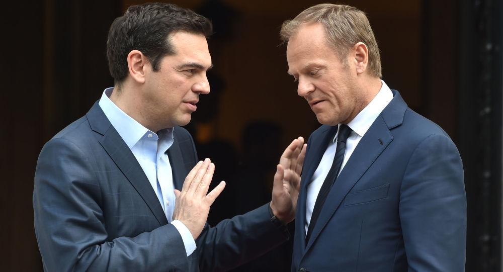 Premier Grecji Alexis Tsipras i przewodniczący Rady Europejskiej Donald Tusk
