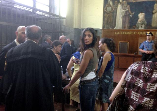 Marokańska tancerka Iman Fadil, świadek w sprawie przeciwko byłemu premierowi Włoch Silvio Berlusconiemu