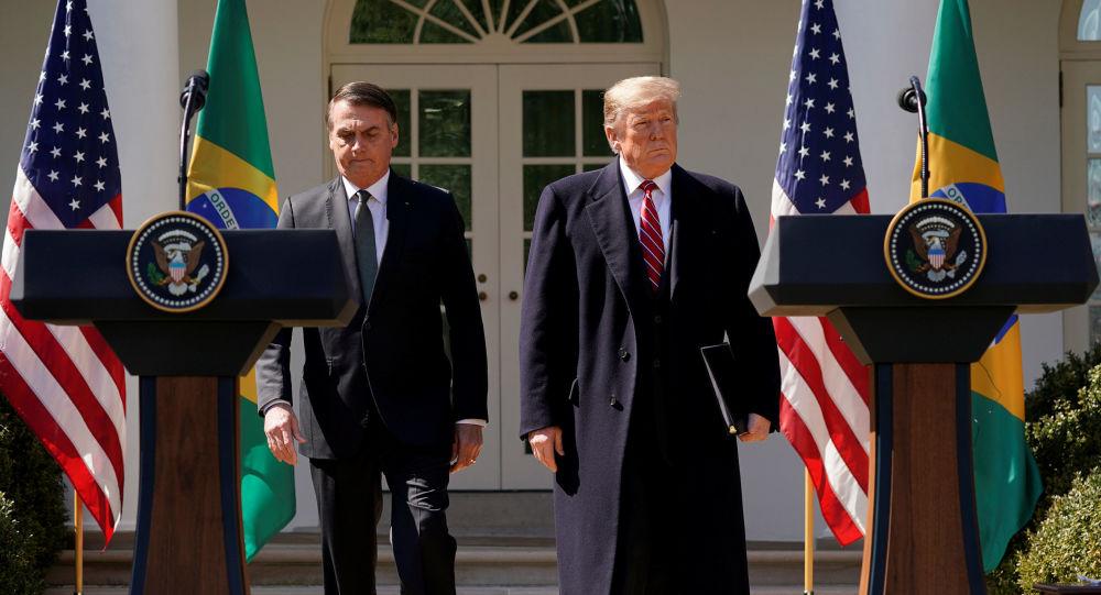 Prezydent Brazylii Jair Bolsonaro i prezydent USA Donald Trump