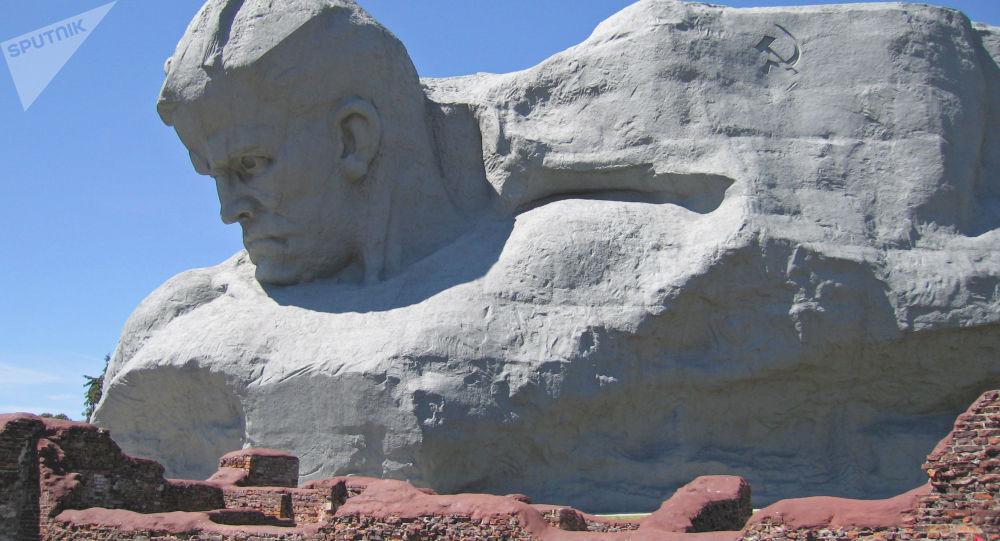 Pomnik w Brześciu, Białoruś