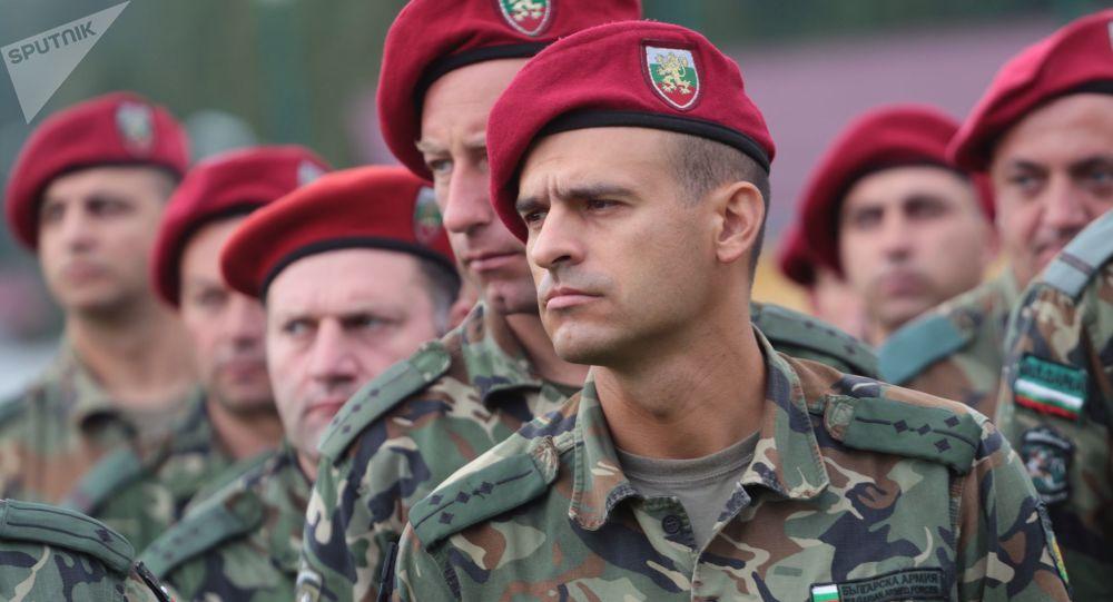 Żołnierze bułgarskiej armii. Zdjęcie archiwalne