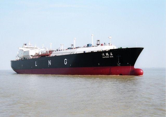 """Tankowiec do transportu skroplonego gazu ziemnego chińskiej firmy stoczniowej """"Hudong Zhonghua"""""""
