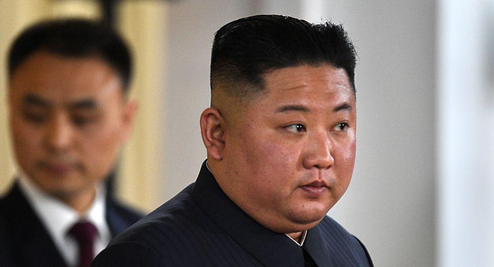 Lider KRLD Kim Dzong Un w kampusie Federalnego Uniwersytetu Dalekowschodniego we Władywostoku