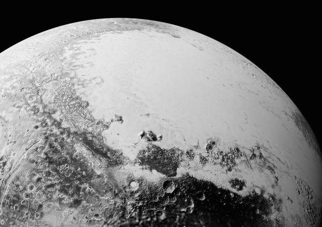 Zdjęcie Plutona ze stacji New Horizons