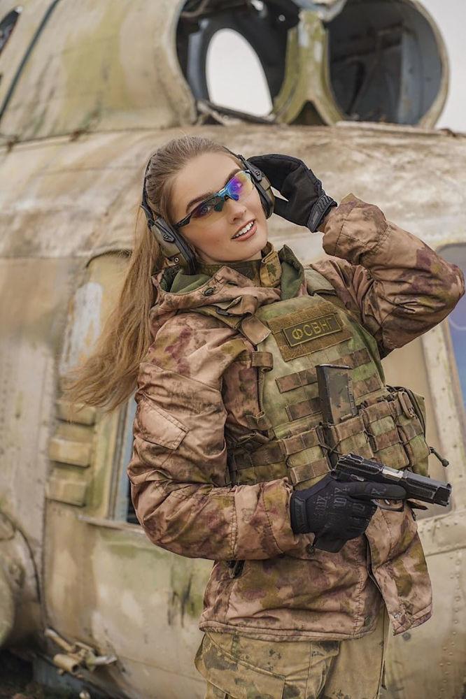 Porucznik Karina Szmakowa z Groznego