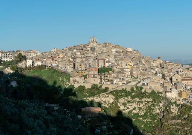 Miasto Mussomeli na południu Sycylii