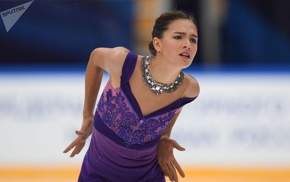 Stanisława Konstantinowa (Rosja) występuje w programie wolnym na Mistrzostwach Świata w łyżwiarstwie figurowym w Mediolanie.