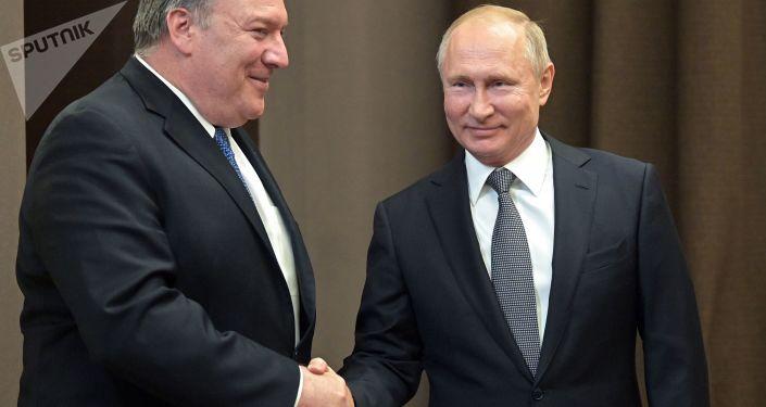 Spotkanie prezydenta Rosji Władimira Putina i sekretarza stanu USA Mike'a Pompeo