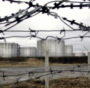 Zbiorniki z ropą z rurociągu Przyjaźń, Białoruś