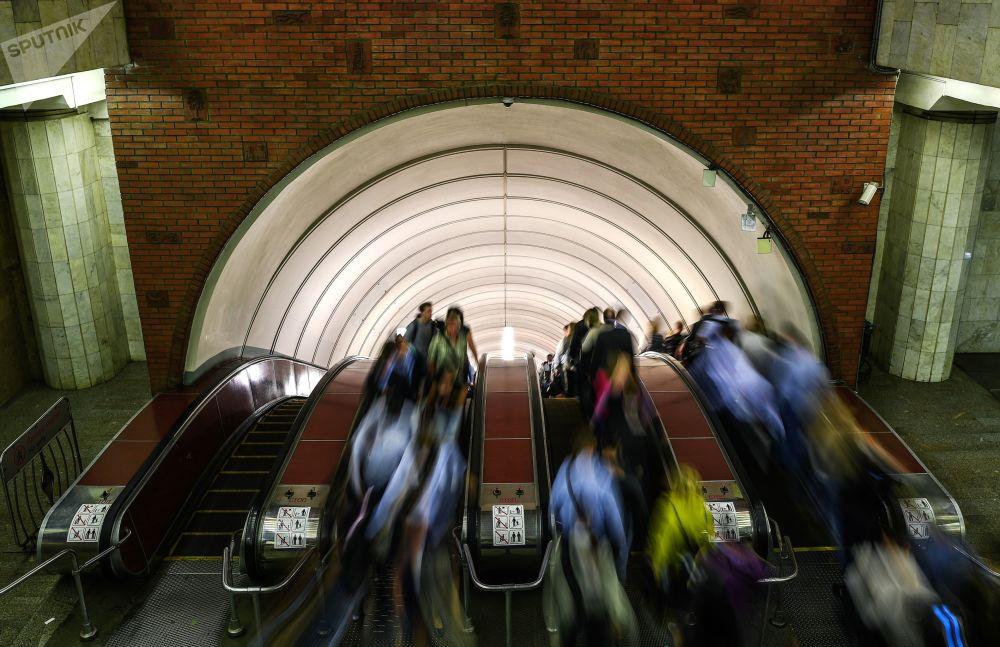 Poruszać się po Moskwie najlepiej metrem