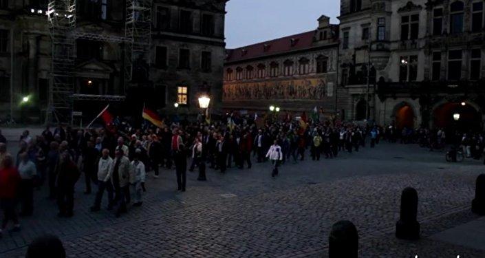 Akcja protestu w Derźnie: Merkel nach Sibirien, Putin nach Berlin!