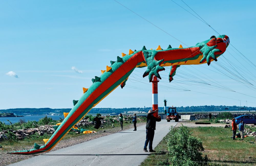"""III Międzynarodowy Festiwal Latawców na terytorium historyczno-kulturalnego kompleksu """"Fort Konstantin"""" w Kronsztadzie"""