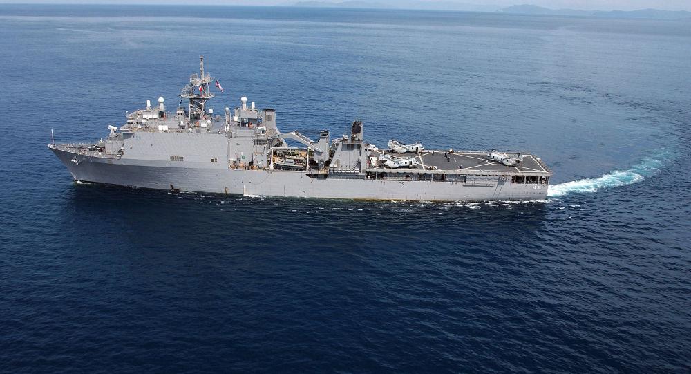 Desantowy okręt USA USS Fort McHenry
