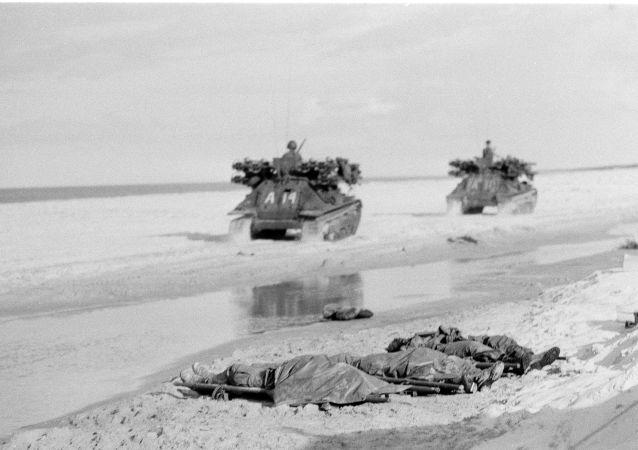 Ciała zabitych amerykańskich piechurów morskich. Wojna w Wietnamie, 1967 rok