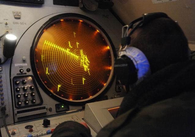Stanowisko obróbki przekazu danych radiowych w punkcie dowodzenia brygady rakietowej Zachodniego Okręgu Wojskowego