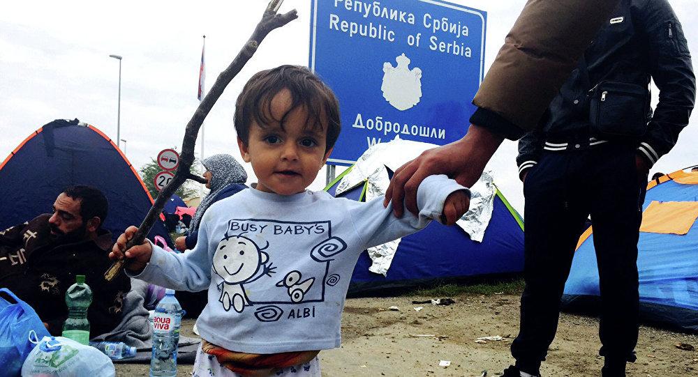 Uchodźcy na serbsko-chorwackiej granicy niedaleko Tovarnik