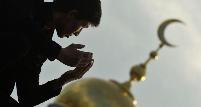 Muzułmanie podczas obchodów Id al-Adha w Moskiewskim Meczecie Katedralnym