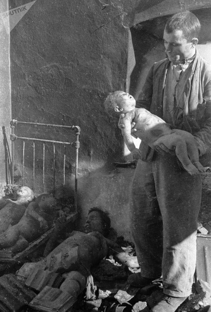Dzieci – ofiary Rzezi Wołyńskiej.