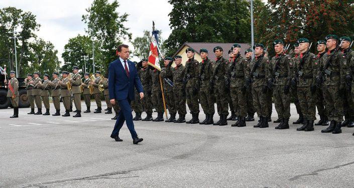 Minister obrony narodowej Polski Mariusz Błaszczak w Suwałkach