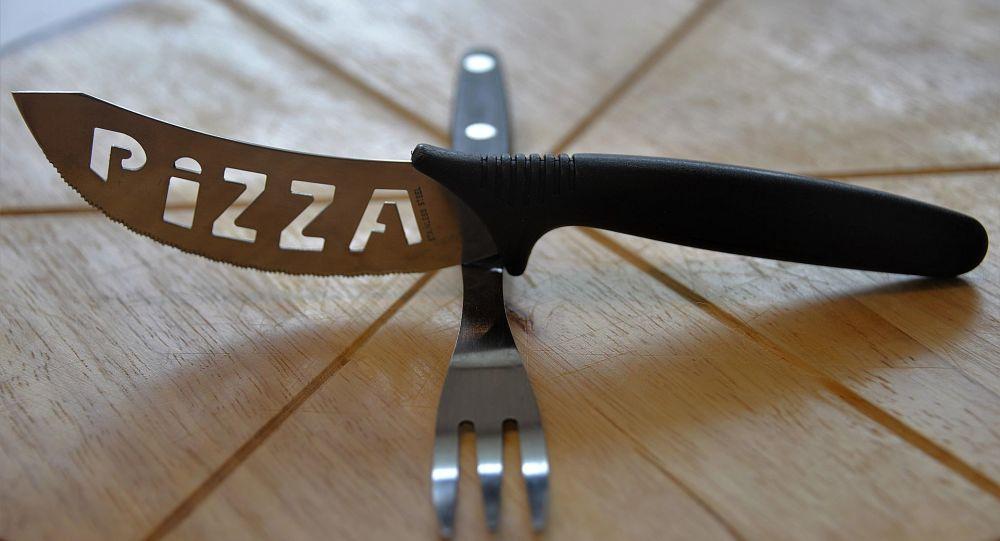 Nóż do pizzy
