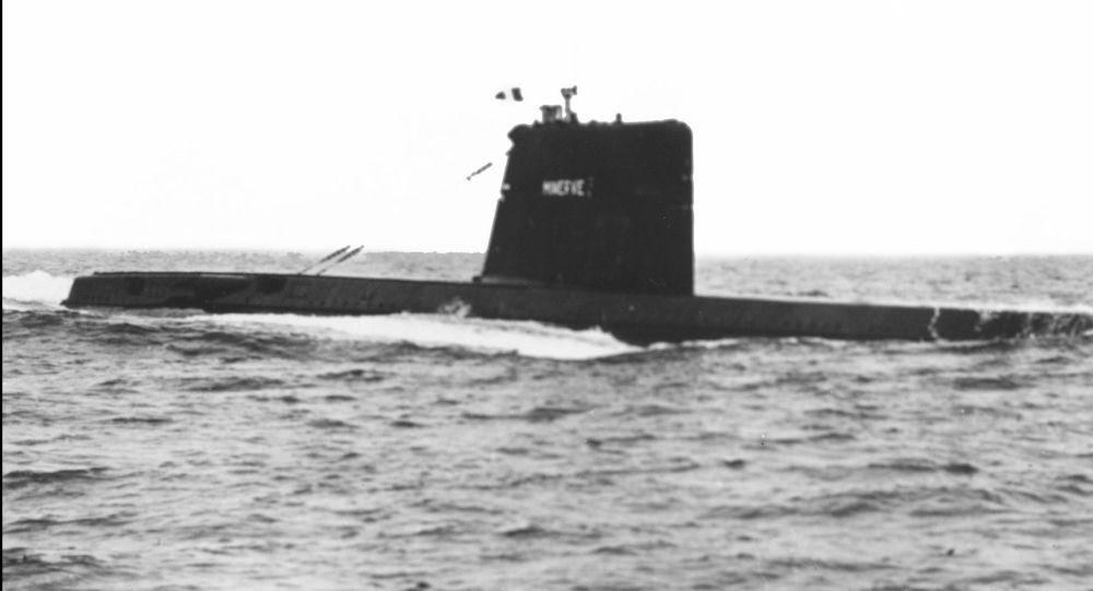 """Francuski okręt podwodny """"Minerve"""". Zdjęcie archiwalne"""