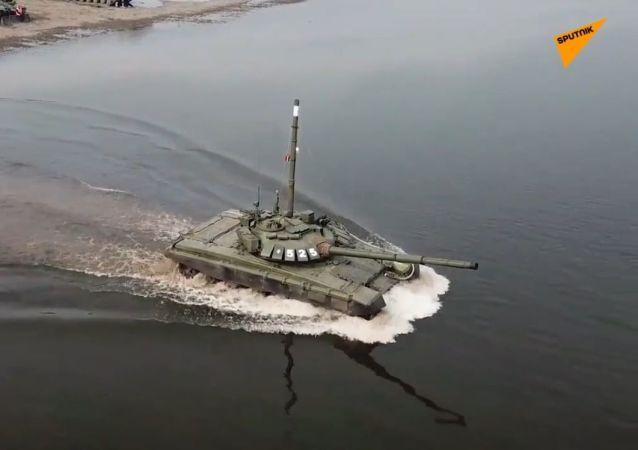 Przeprawa czołgów przez rzekę