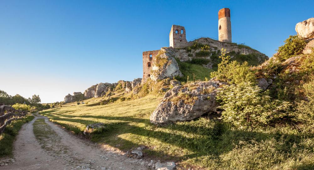 Zamek Olsztyn w woj. śląskim