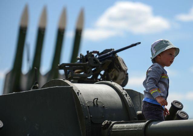 Międzynarodowe forum wojskowo-techniczne Armia 2015 w obwodzie moskiewskim