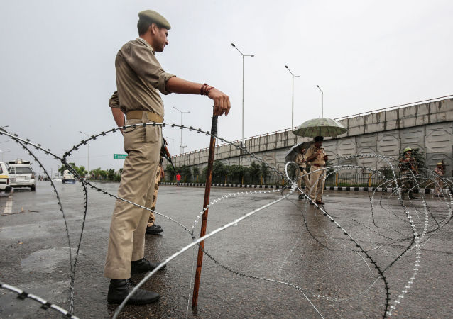 Pracownik policji w stanie Dżammu, Indie