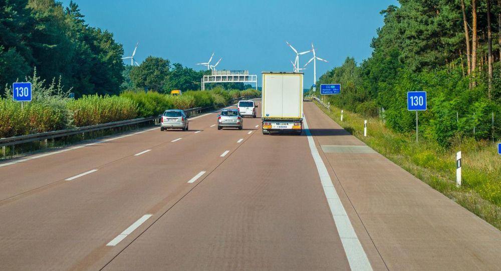 Samochody na trasie w Polsce