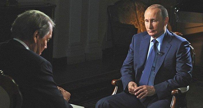 Władimir Putin udziela wywiadu dla CBS