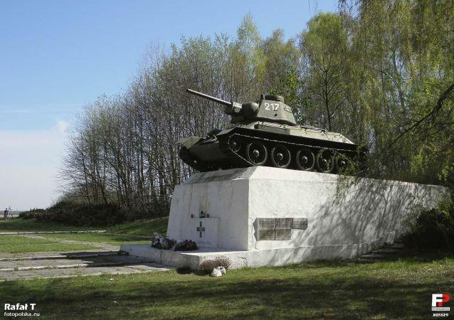 Pomnik T-34 w Studziankach
