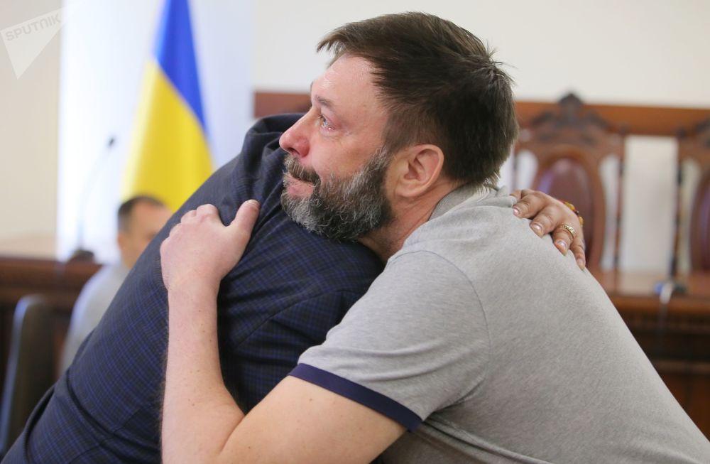 """Szef portalu """"RIA Novosti Ukraina"""" Kiriłł Wyszynski po posiedzeniu Sądu Apelacyjnego w Kijowie."""