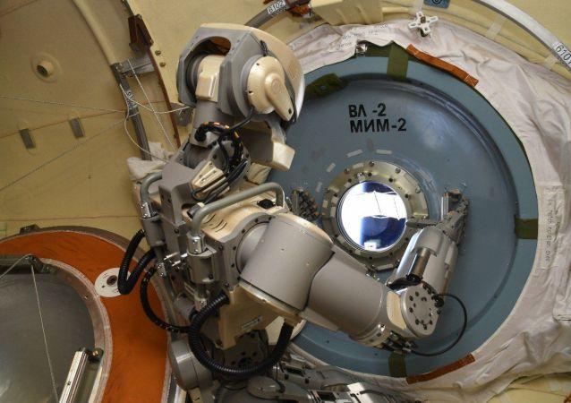 Robot Fiodor w kosmosie