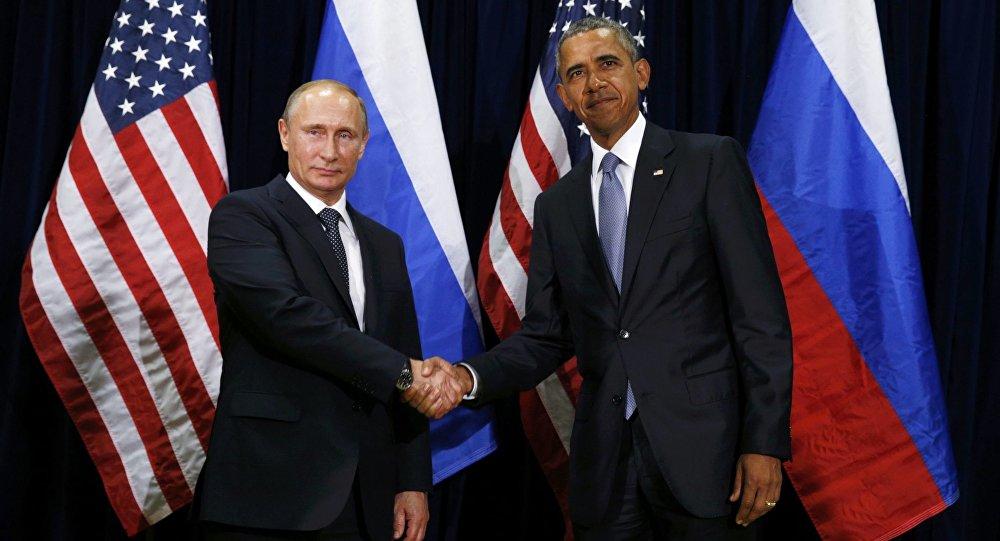 Prezydent Rosji Władimir Putin i prezydent USA Barack Obama na 70. sesji Zgromadzenia Ogólnego ONZ w Nowym Jorku