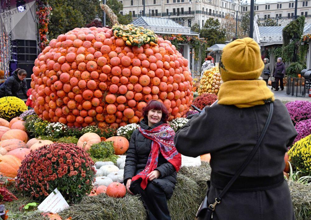 """Festiwal gastronomiczny """"Złota jesień 2019"""" w Moskwie"""