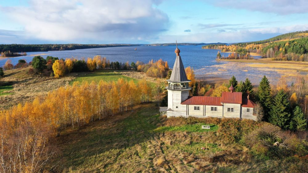 Drewniana świątynia w Karelii